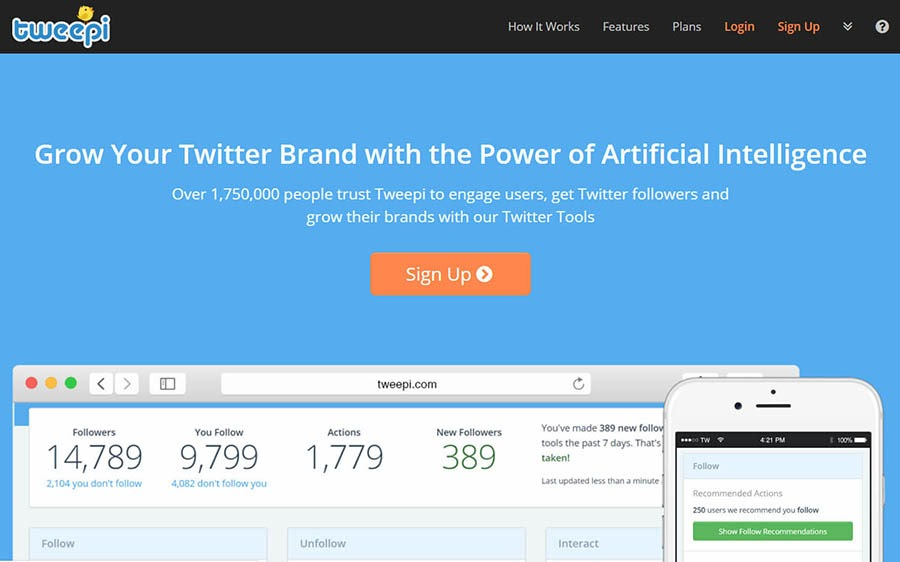 Tweepi home page with a sign-up button.